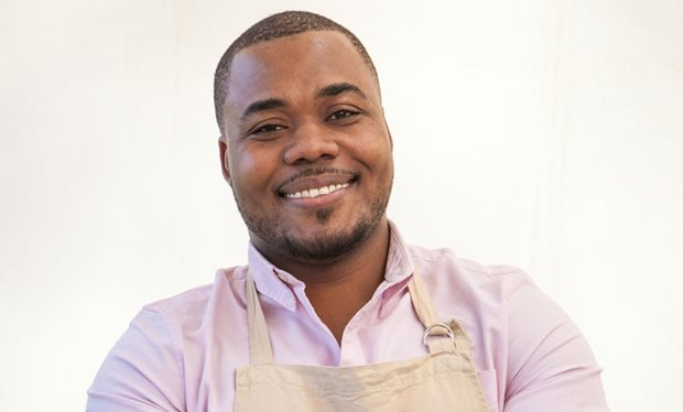 Fan favourite Selasi fails to make Bake Off finals