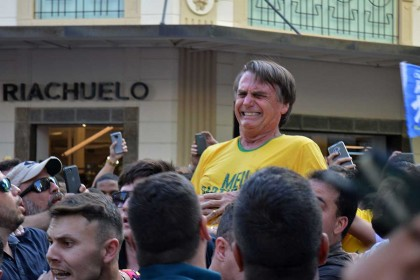 VIDEO: Brazilian presidential candidate stabbed at rally
