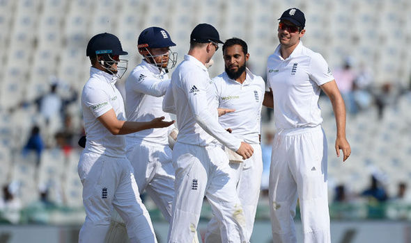 India v England, Day 3: Visitors toil after low order frustrates