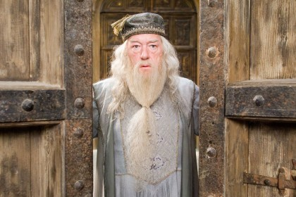 Who will play younger Dumbledore in Fantastic Beasts?