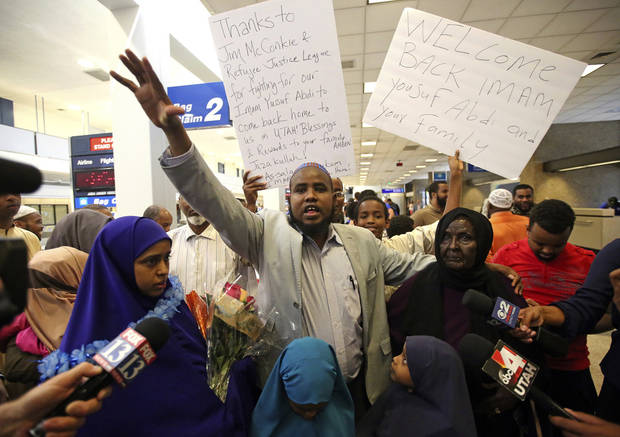 Utah Muslim leader blocked from flying returns to US home