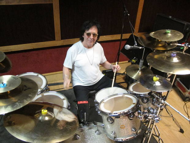Peter Criss, Kiss' founding Catman, saying goodbye to stage
