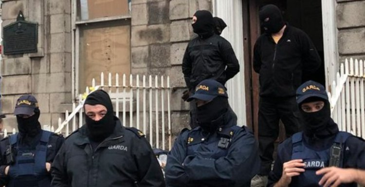 Gardaí facing criticism after masked officers break up housing protest in Dublin