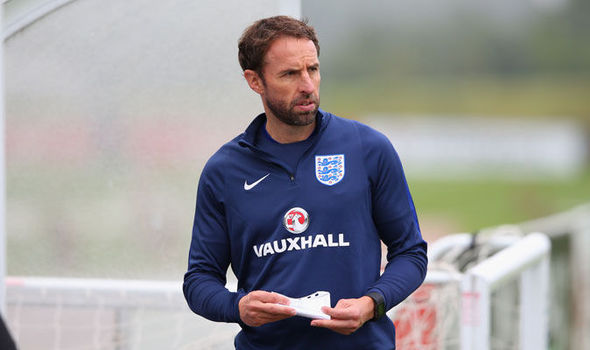 Gareth Southgate retains Sammy Lee and Martyn Margetson in England coaching staff
