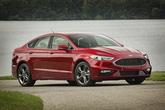 Loose steering wheels trigger Ford recall of 1.4M Fusion, Lincoln MKZ cars