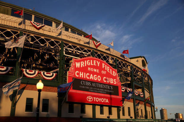 Cubs fan dies after falling over railing at Wrigley