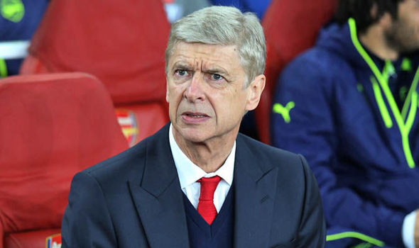 Arsene Wenger confirms Arsenal will offer this player a new contract after Christmas