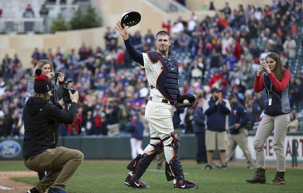 Morning Roundup: Twins star Joe Mauer retiring after 15 seasons