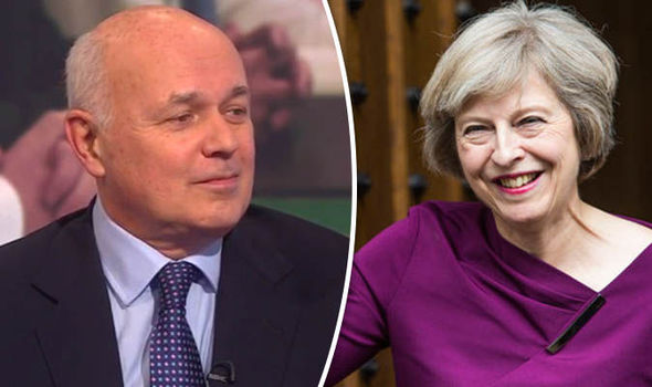 Leaked memo claiming Brexit delay blasted as 'patent nonsense' by Iain Duncan Smith
