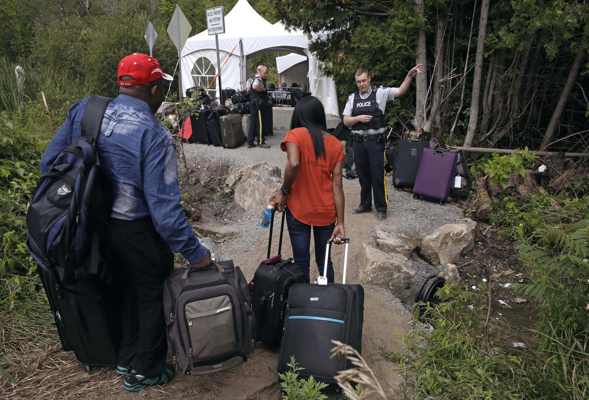 Border officers diverted to Quebec to help with influx of asylum-seekers