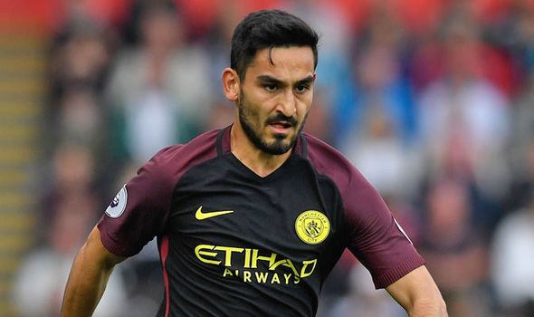 Manchester City ace blasts 'disrespectful' Manchester United