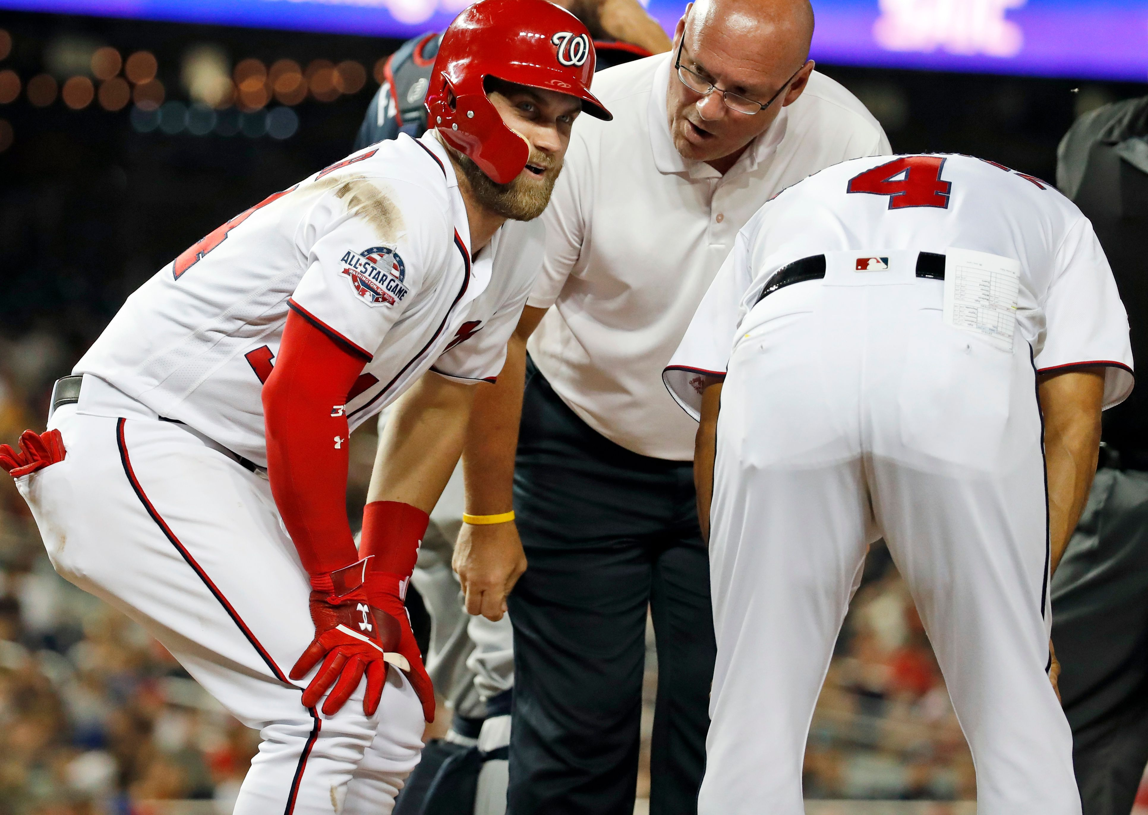 Nationals' Bryce Harper scratched with right knee soreness