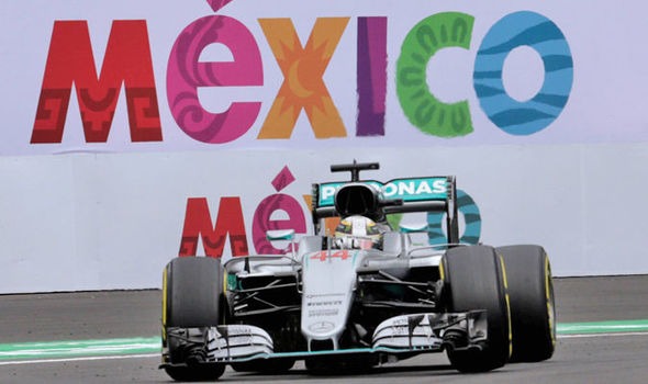 Mexican Grand Prix: Mercedes' Lewis Hamilton gives title hopes boost with pole position