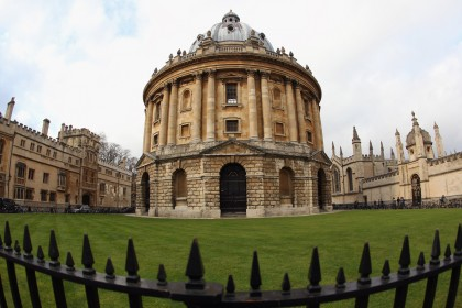 The eight schools that 'dominate' Oxbridge