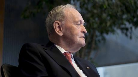 Chrétien, Romanow, McMurtry condemn Ford's use of notwithstanding clause